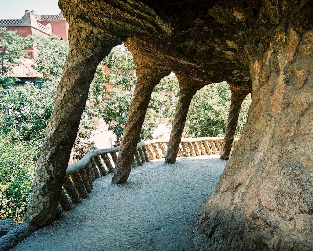 Gallerij,Park Güell, Barcelona, Catalonië, Spanje (2003)