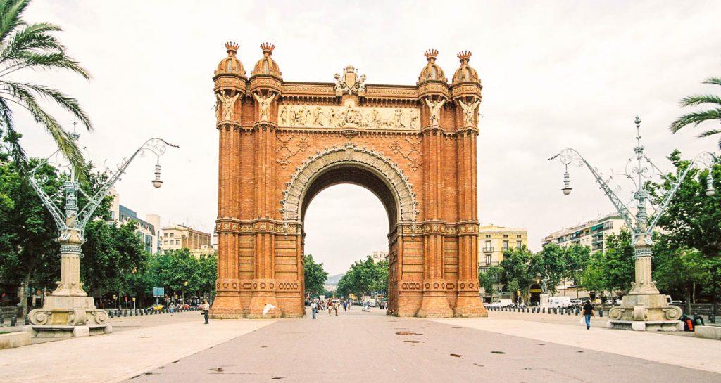 Arco de Triunfo (Josep Vilaseca i Casanovas, 1888),Passeig de Lluis Companys, Barcelona, Catalonië, Spanje (2003)