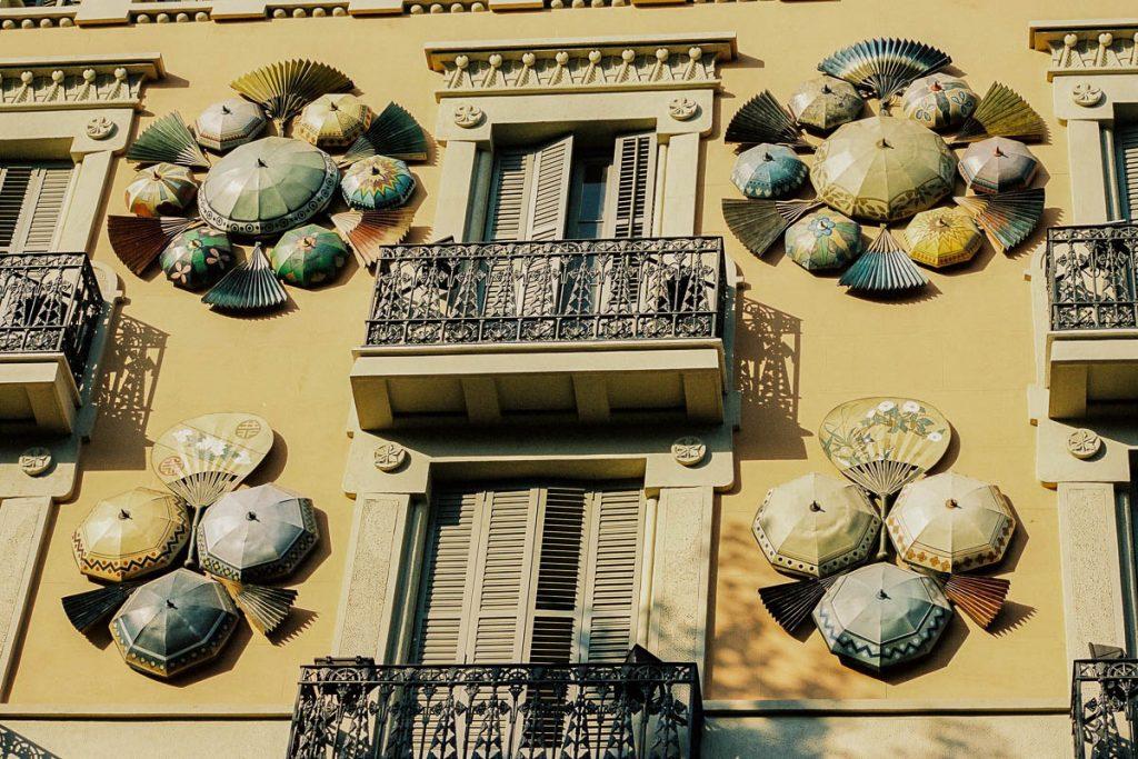 Casa dels Paraigües,Las Ramblas, Barcelona, Catalonië, Spanje (2003)