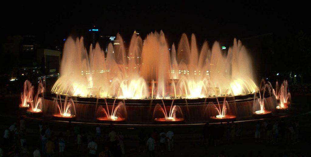 De magische fontein,Fuente Mágica de Montjuïc, Barcelona, Catalonië, Spanje (2003)