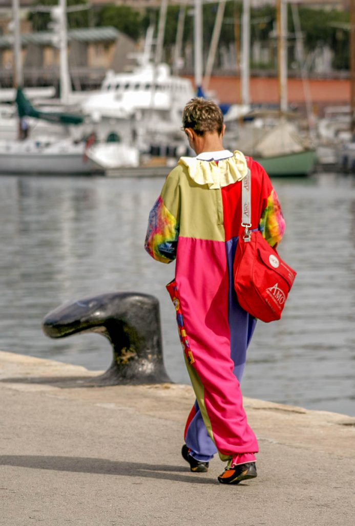 Eenzame Clown,Port Vell, Barcelona, Catalonië, Spanje (2005)