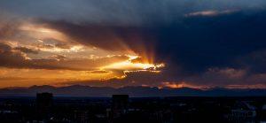 Zonsondergang en de Rocky Mountains