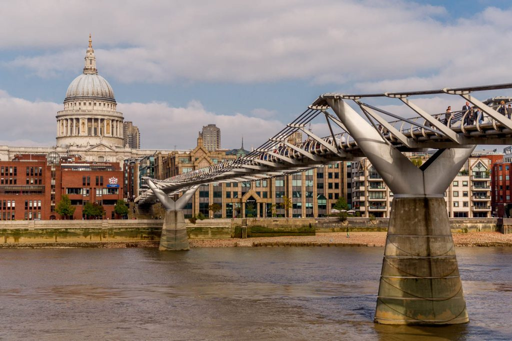 Millennium Bridge,Millennium Bridge, Londen, Engeland, Verenigd Koninkrijk (2010)