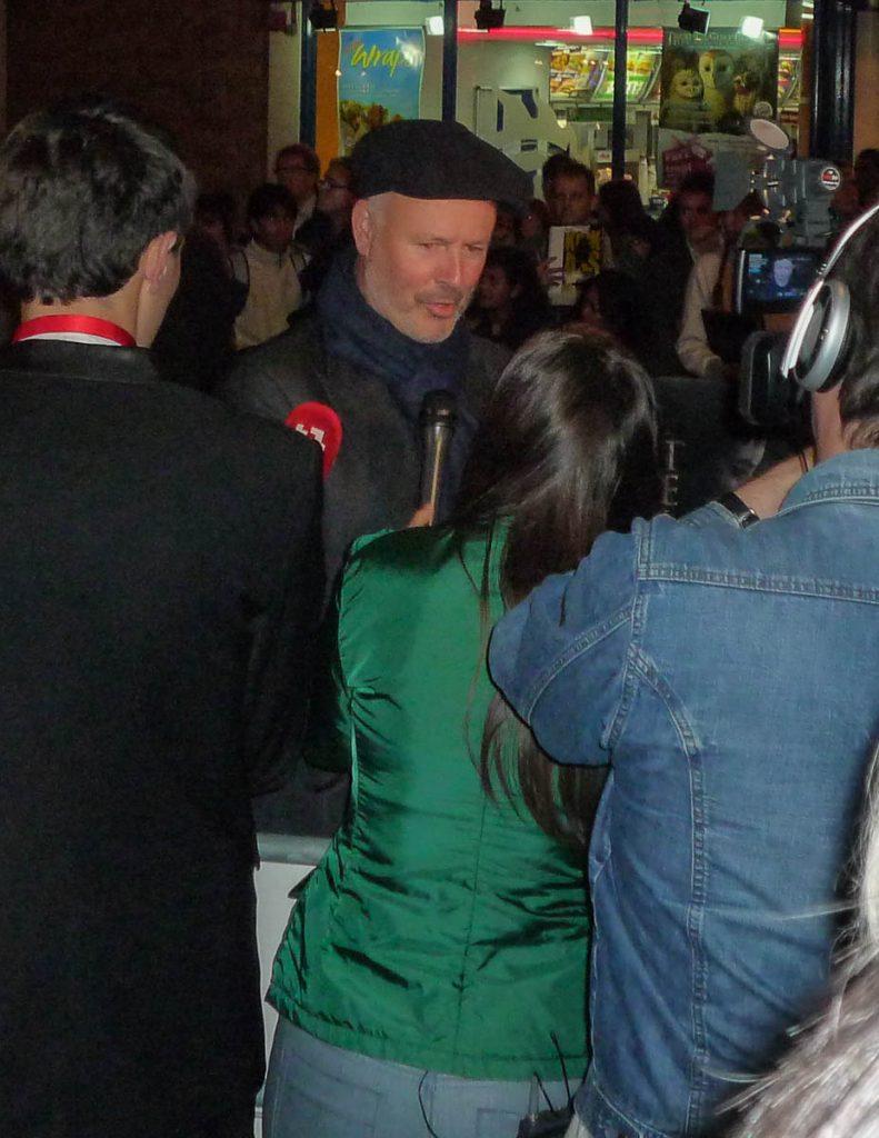 Vast een belangrijk iemand,Leicester Square, Londen, Engeland, Verenigd Koninkrijk (2010)