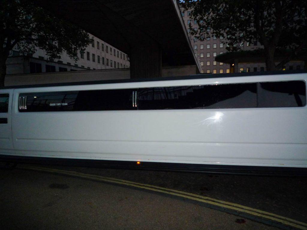 De limo past niet op de foto,Londen, Engeland, Verenigd Koninkrijk (2010)