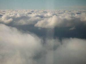 Wolken van de andere kant