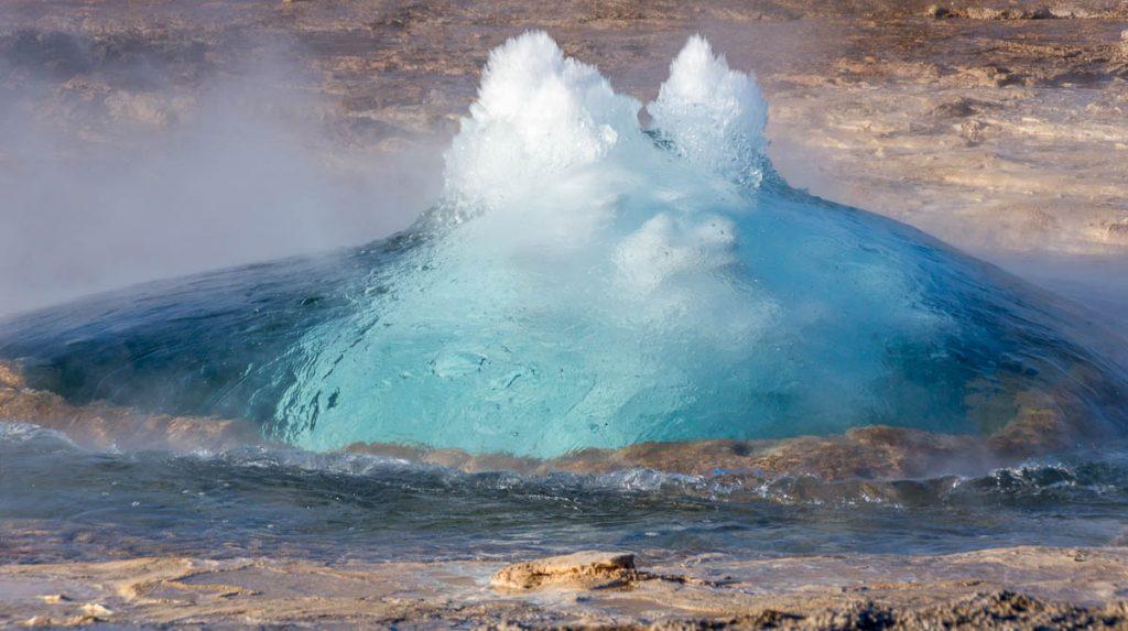 Strokkur Geysir,Geysir Geothermal Area, Zuid IJsland, IJsland (2010)