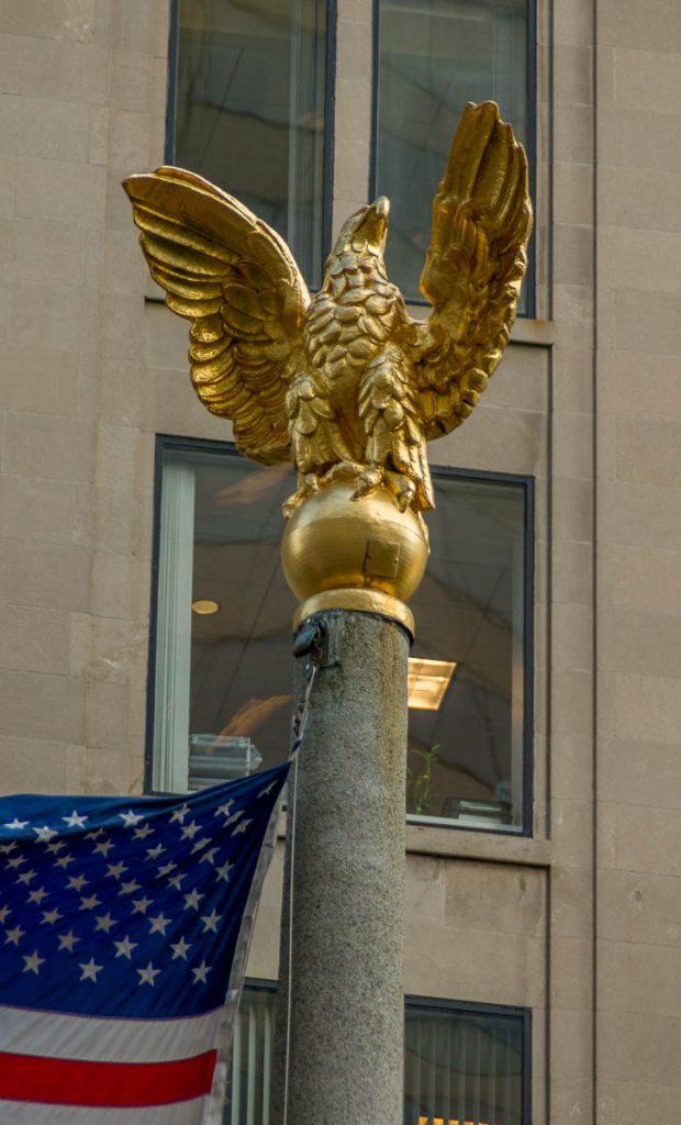 Gouden Adelaar,Norman B. Leventhal Park, Boston, Massachussetts, Verenigde Staten (2010)