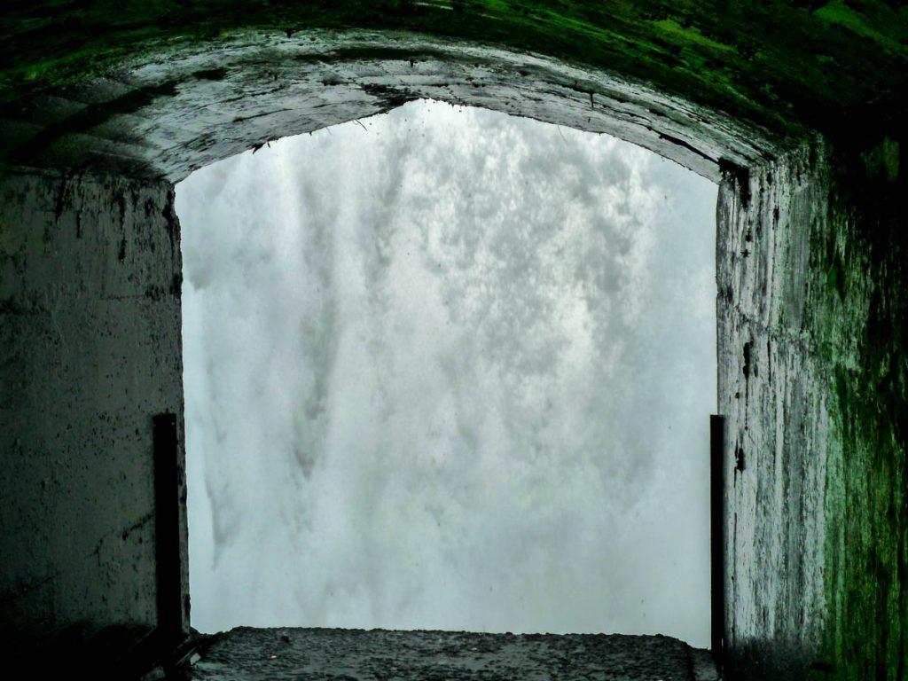 Achter de waterval,Niagara Falls, Ontario, Canada (2010)