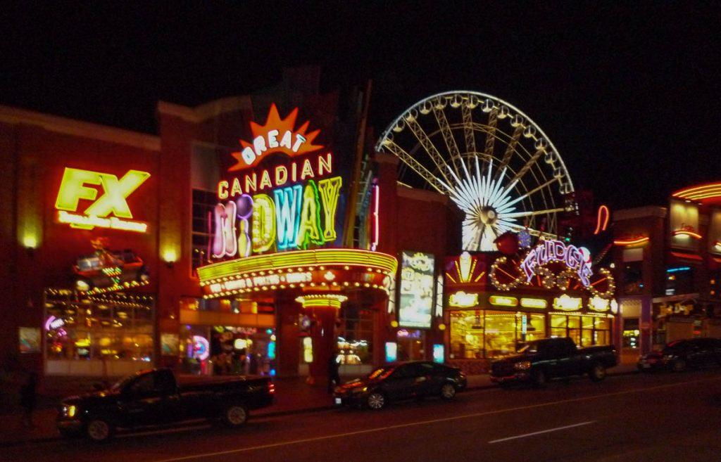 Er is genoeg te doen,Niagara Falls, Ontario, Canada (2010)