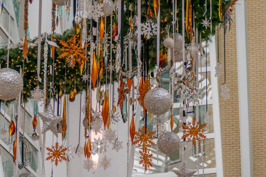 Kerst decoraties,Brookfield Place, Toronto, Ontario, Canada (2010)