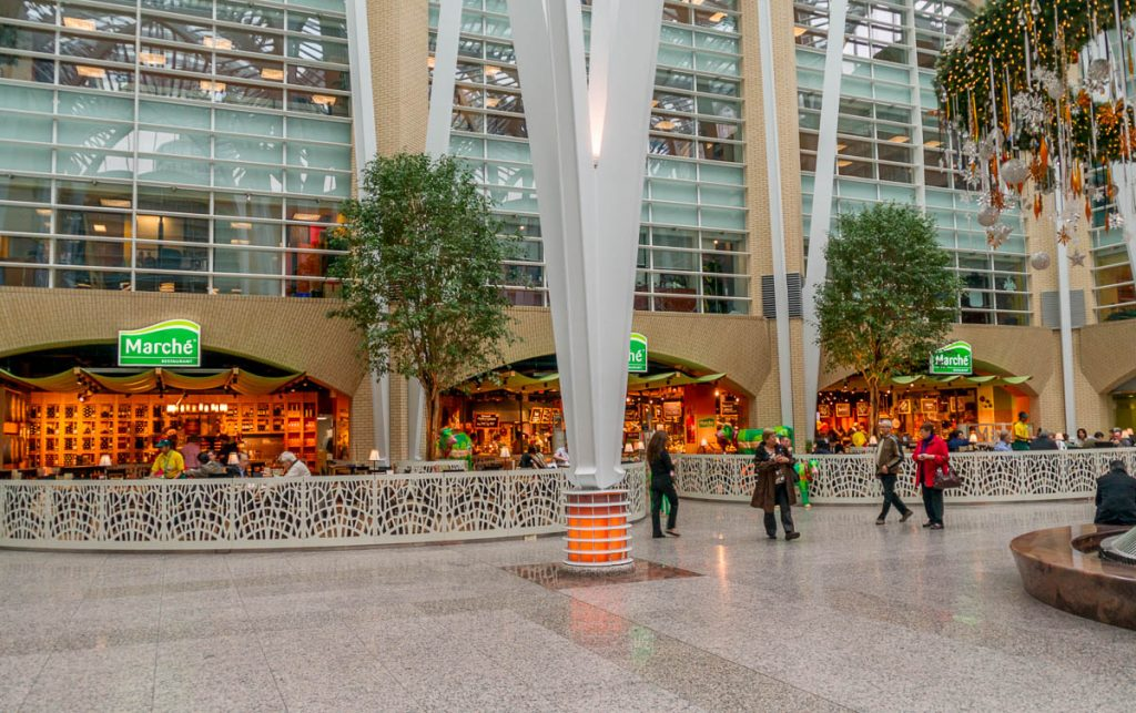 Cool restaurant,Brookfield Place, Toronto, Ontario, Canada (2010)