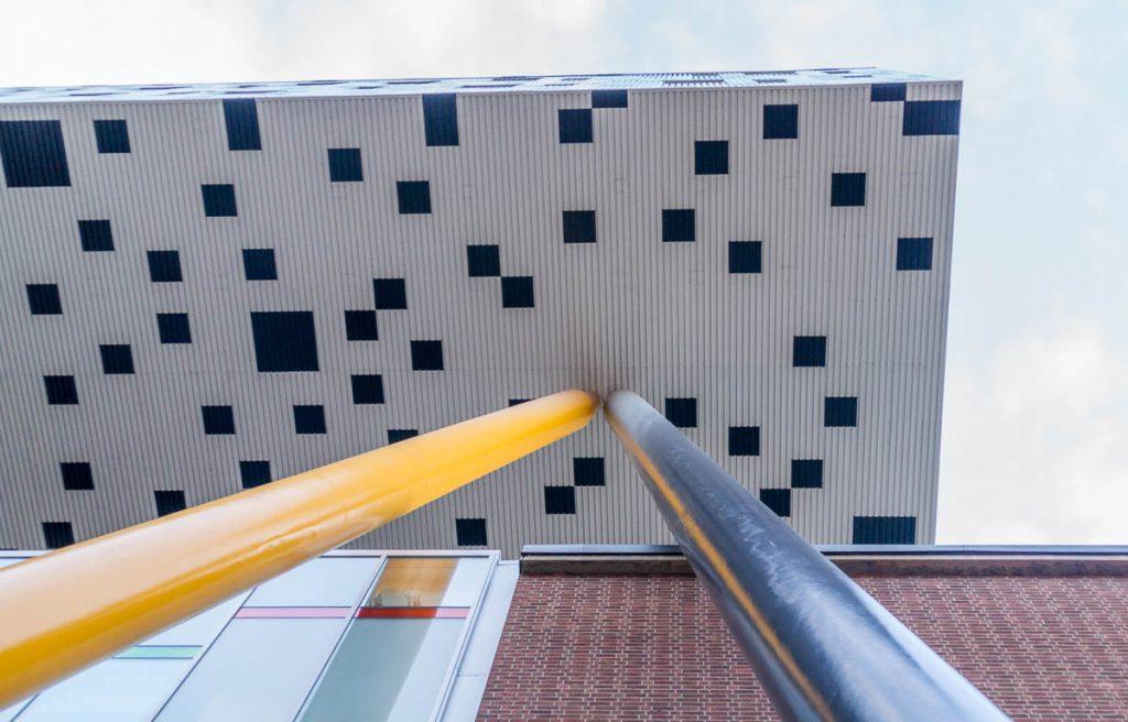 College of Art & Design,Toronto, Ontario, Canada (2010)