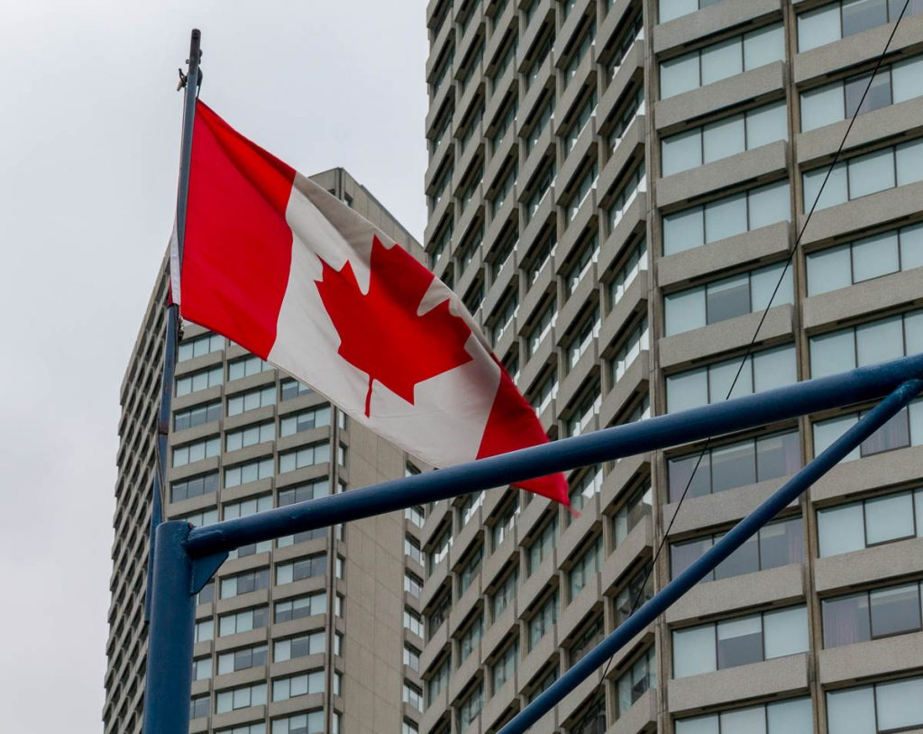 Vlag,Inner Harbour, Toronto, Ontario, Canada (2010)
