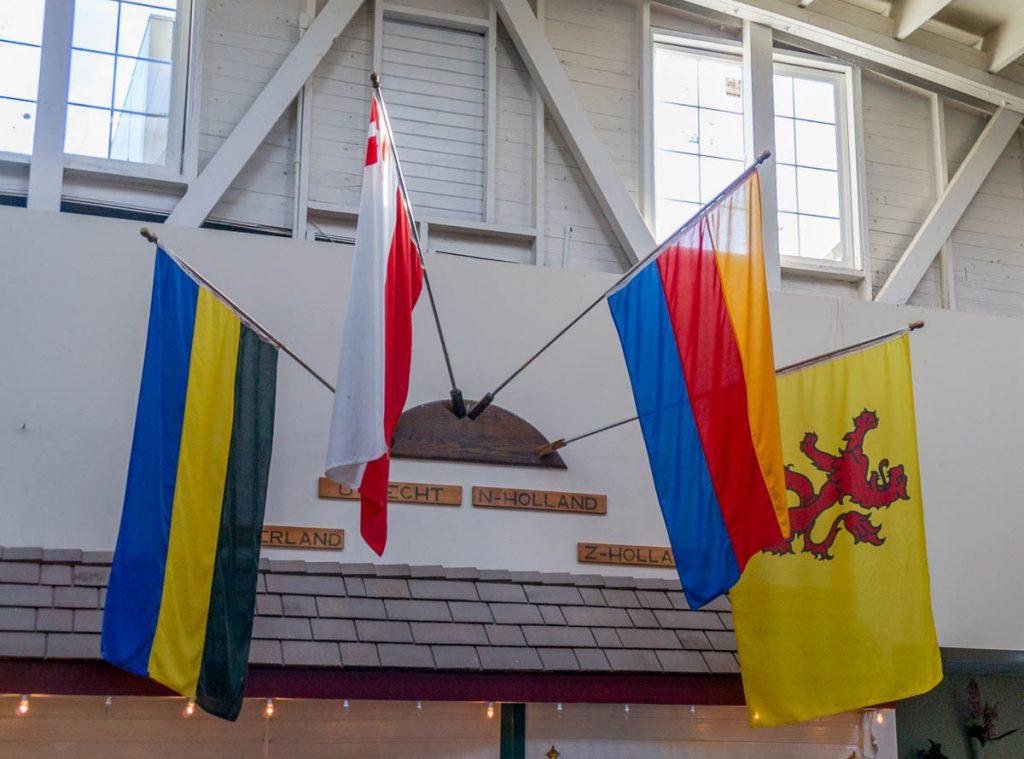 Vlag van Gelderland, Utrecht, Noord-Holland en Zuid-Holland,Dutch Village, Lynden, Washington, Verenigde Staten (2010)