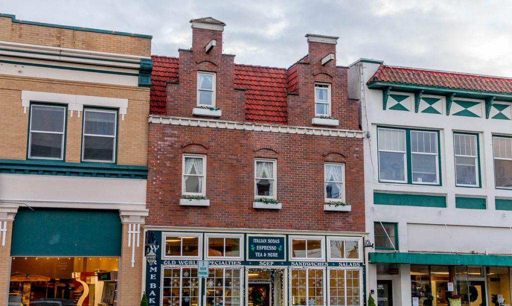Nederlandse architectuur,Dutch Village, Lynden, Washington, Verenigde Staten (2010)