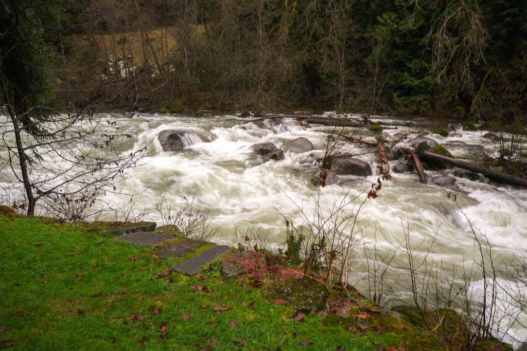 Lynn Creek,Lynn Creek Valley, Vancouver, British Columbia, Canada (2010)