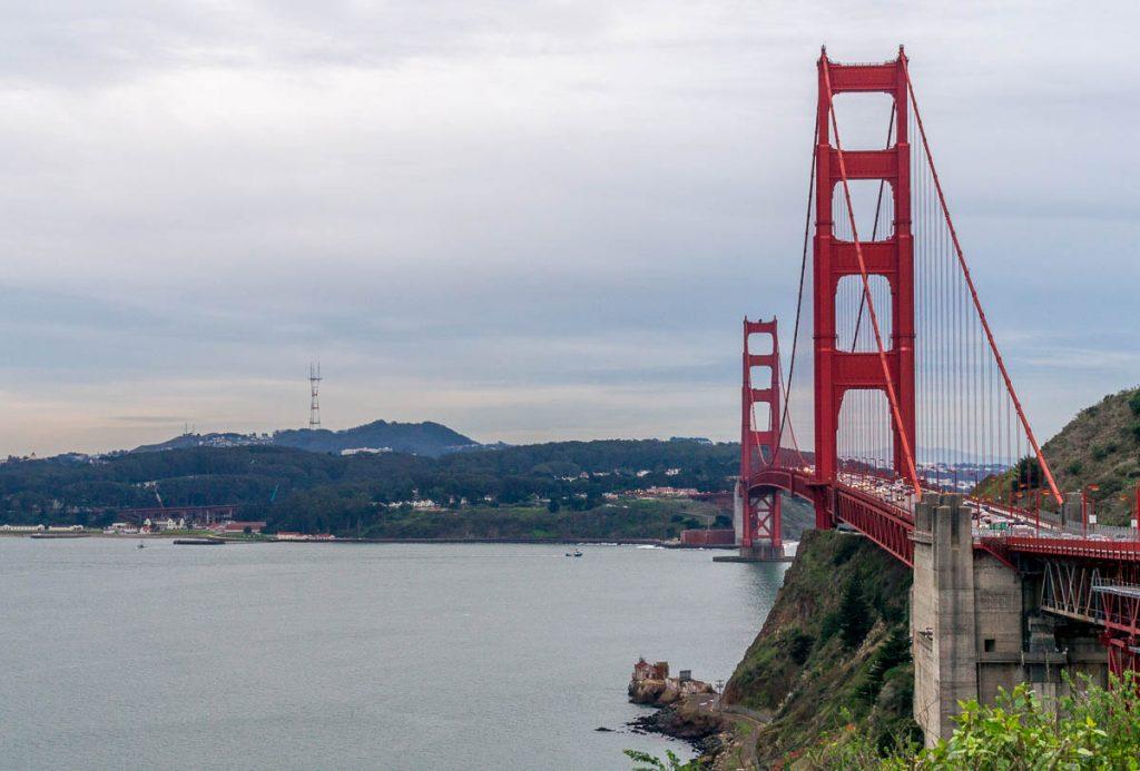 Uitzicht op de brug vanaf de noordkant,Vista Point Overlook, San Francisco, Californië, Verenigde Staten (2010)