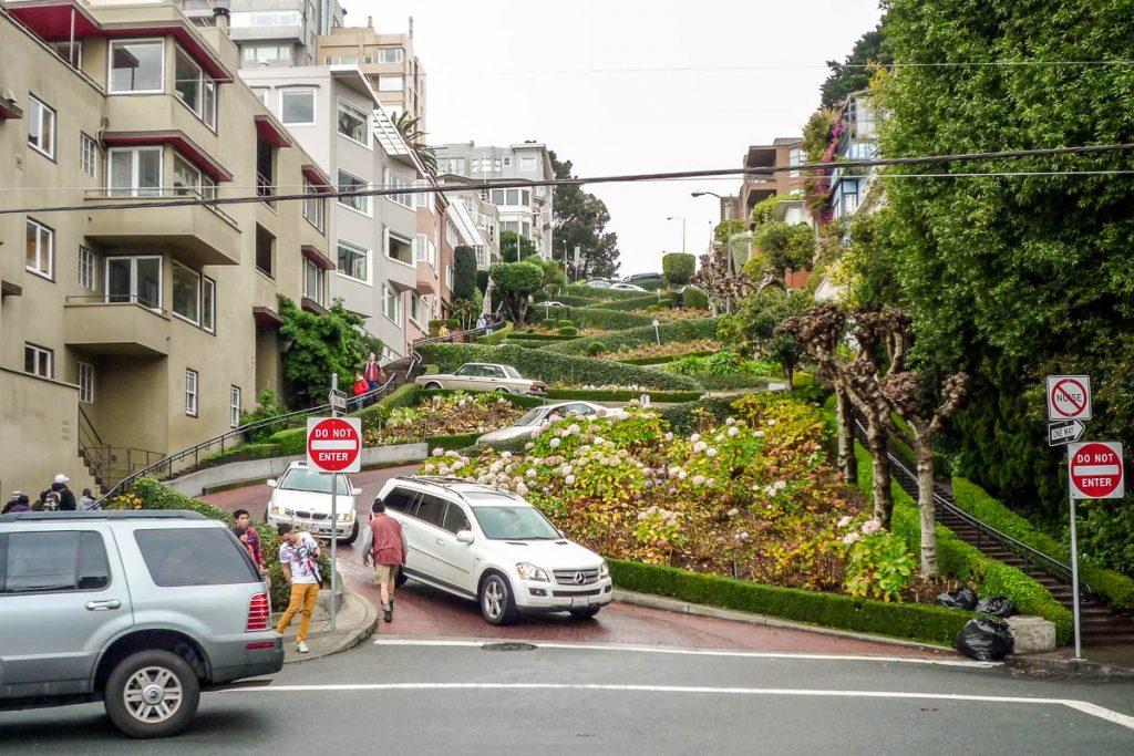 Crookedest Street,Crookedest Street, San Francisco, Californië, Verenigde Staten (2010)