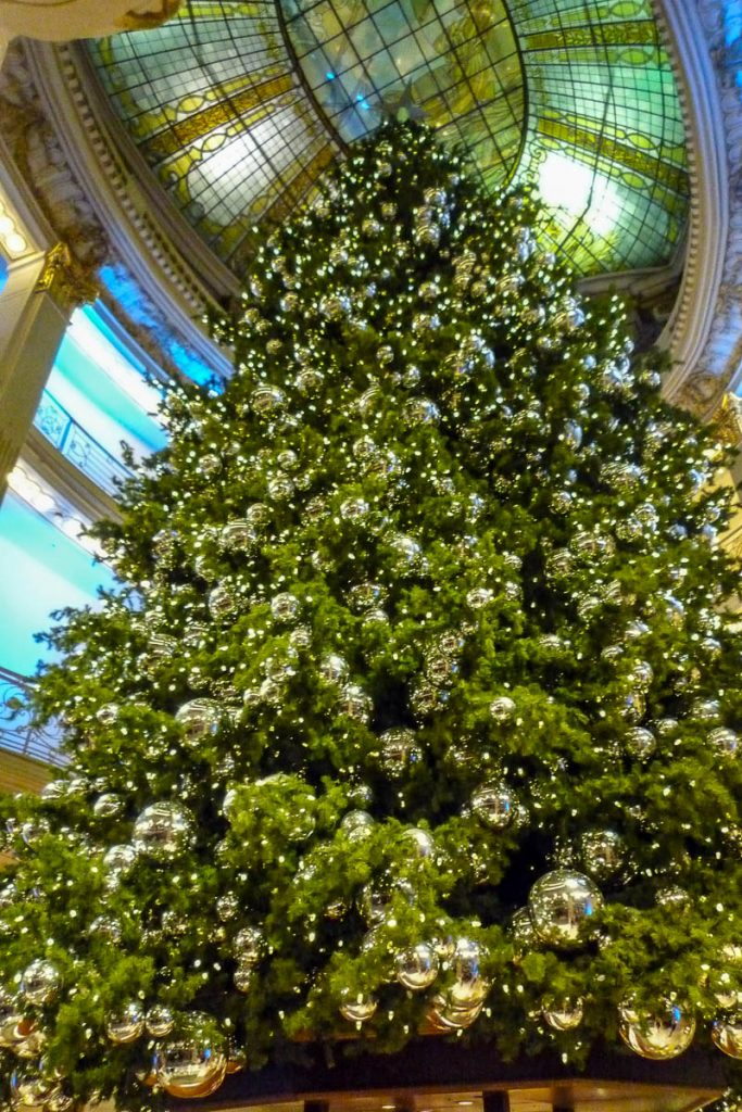 Kerstboom in Neiman Marcus,Union Square, San Francisco, Californië, Verenigde Staten (2010)