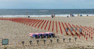 Demonstratie op het strand