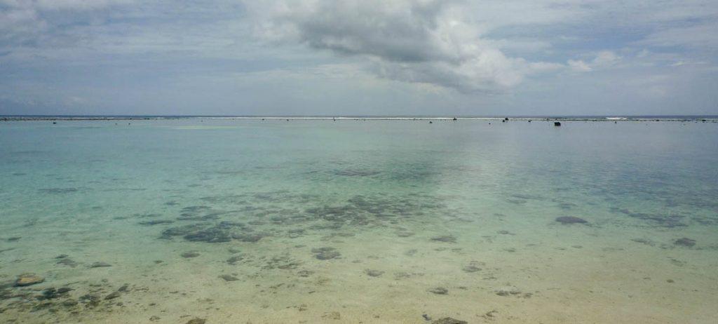Helder water,Aroa Beach, Aroa, Rarotonga, Cook Eilanden (2011)