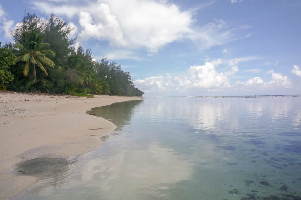 Chillen,Aroa Beach, Aroa, Rarotonga, Cook Eilanden (2011)