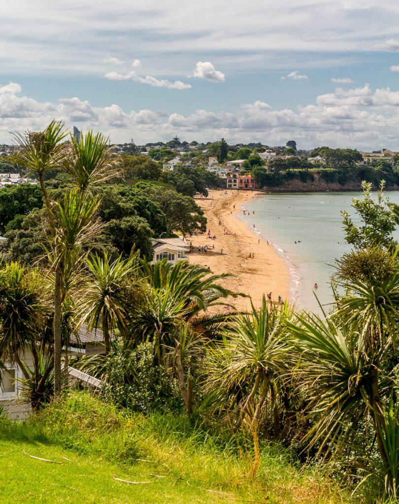Uitzicht op Cheltenham Beach,Devonport, Auckland, Auckland, Nieuw Zeeland (2011)