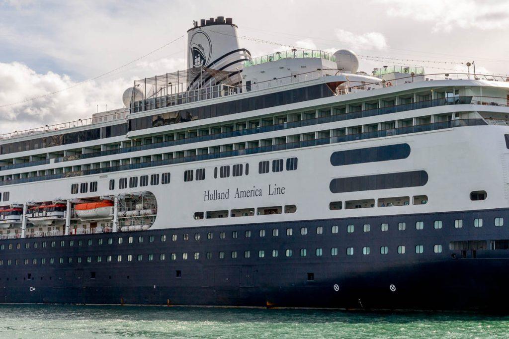 Holland America Line,Devonport, Auckland, Auckland, Nieuw Zeeland (2011)