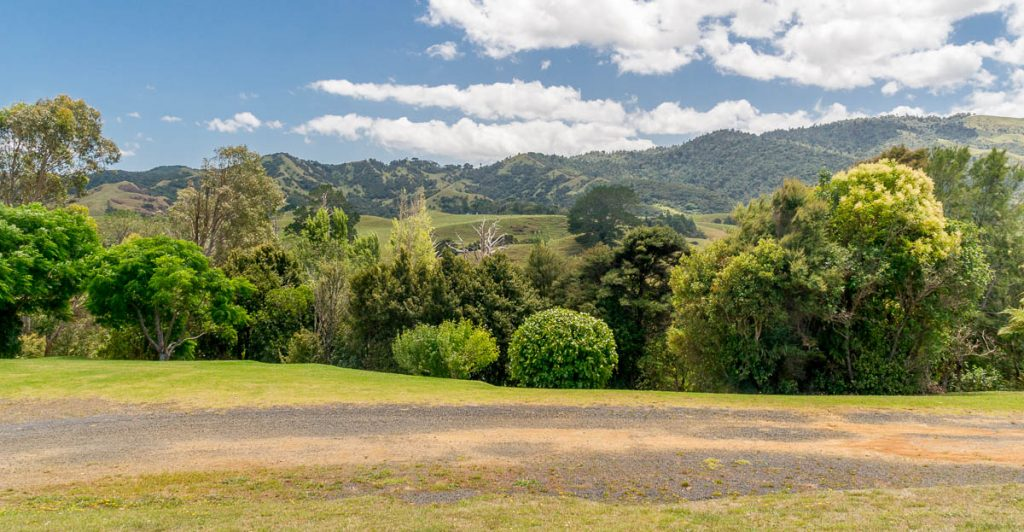 Heuvels,Oparau Roadhouse, Oparau, Waikato, Nieuw Zeeland (2011)
