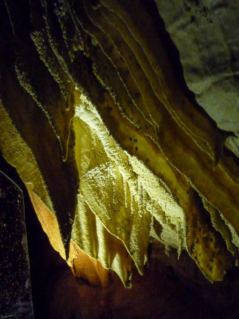 Stalactieten,Ruakuri Cave, Waitomo Caves, Waikato, Nieuw Zeeland (2011)