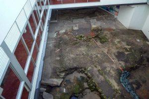 Het hostel is gebouwd op archeologische grond