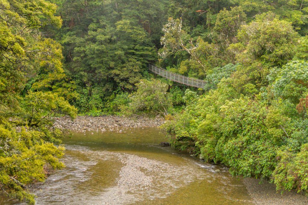 Hangbrug,Pakuratahi, Upper Hutt, Wellington, Nieuw Zeeland (2011)