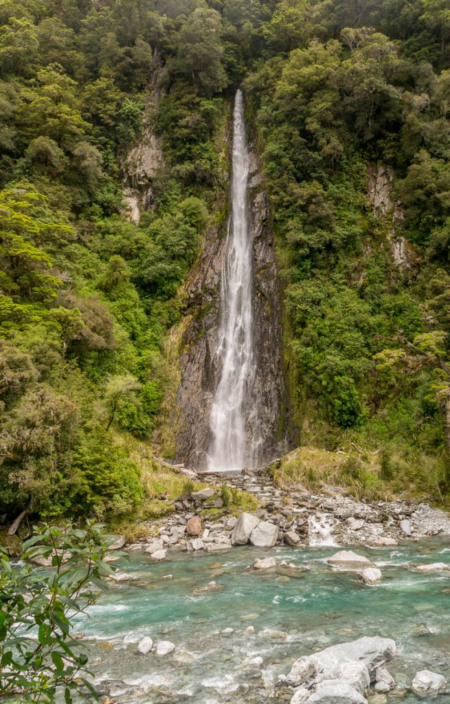 Thunder Creek Falls,Mt. Aspiring National Park, West Coast, Nieuw Zeeland (2011)