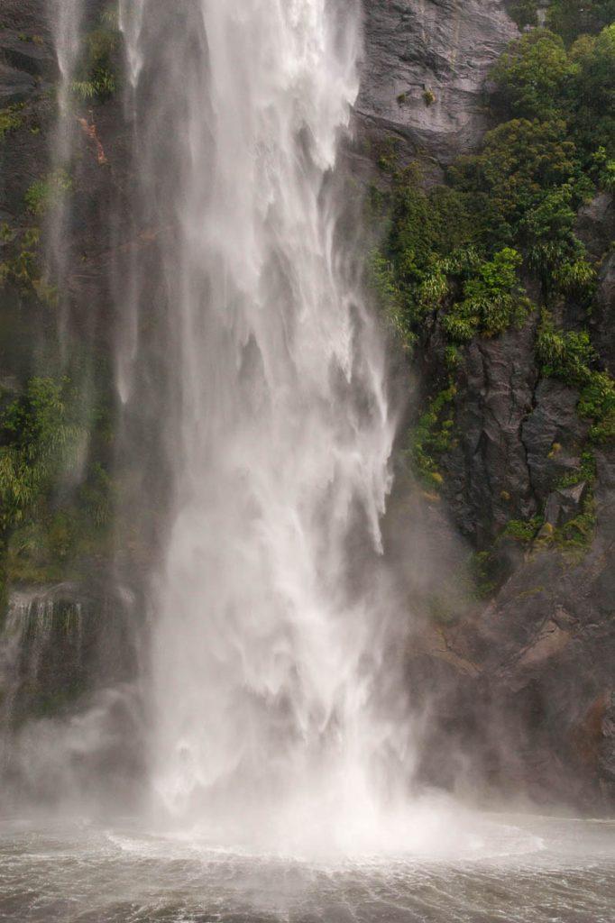 Fairy Falls (Boatwash Falls),Milford Sound, Fiordland National Park, Southland, Nieuw Zeeland (2011)