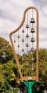 Harp-bel-achtig instrument