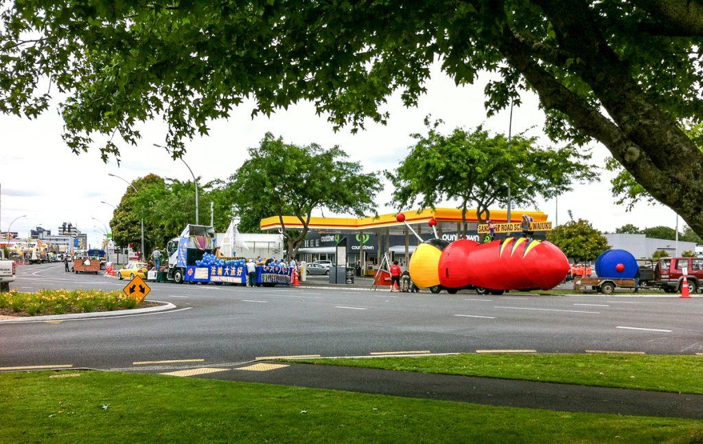 Voorbereidingen op de Santa Parade,Hamilton, Waikato, Nieuw Zeeland (2011)