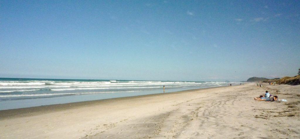 Rustig op het strand,Waihi Beach, Bay of Plenty, Nieuw Zeeland (2011)