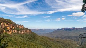 Uitzicht op de Blue Mountains en Three Sisters