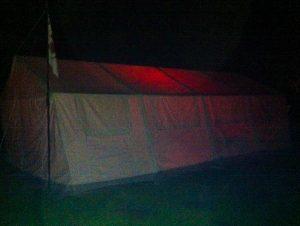 De witte tent