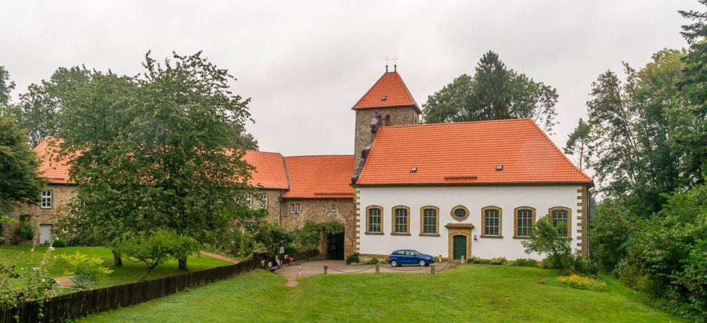 St. Hubertus Kirche,Burg Wohldenberg, Wohldenberg, Nedersaksen, Duitsland (2013)
