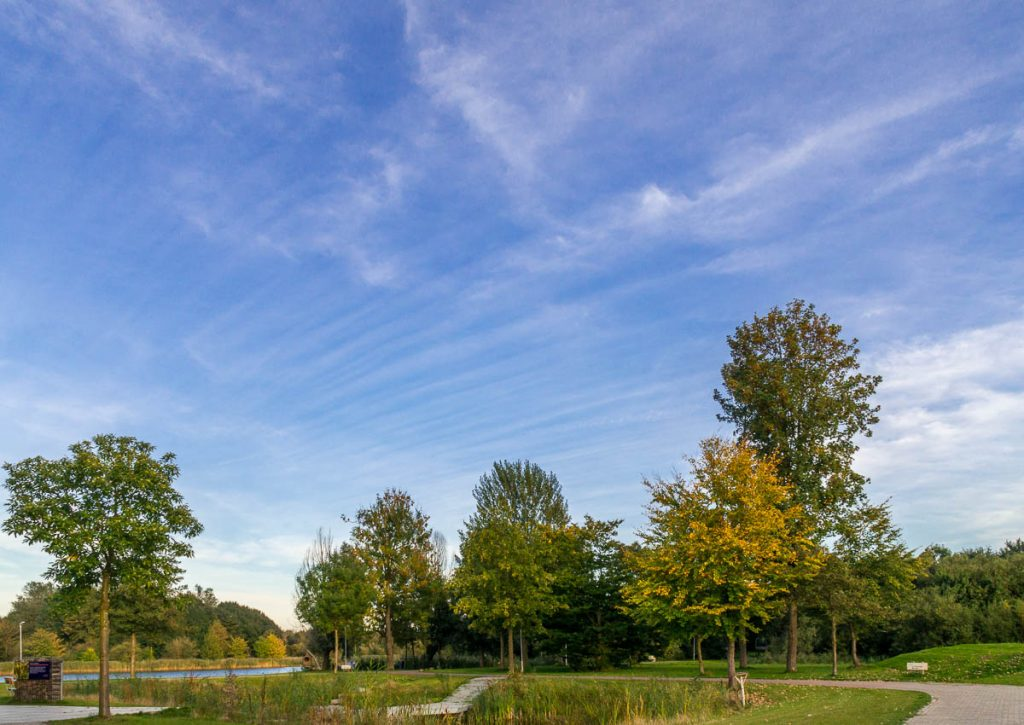 Streepwolken,Lelystad, Flevoland (2013)