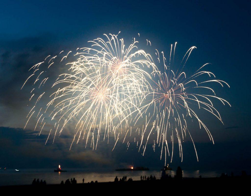 Vuurwerkshow Polen,Scheveningen Noorderstrand, Den Haag, Zuid-Holland (2015)