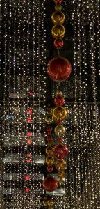 Lampjes en kerstballen